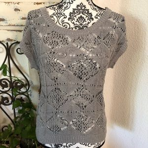 Boy meets girl gray silver knit top